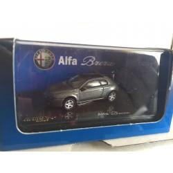 Ricko Alfa Romeo Breda gris métallisé H0