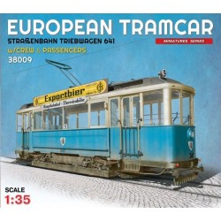 European Tramcar w/ crew & passengers 1/35