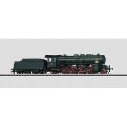 Locomotive à vapeur pour le transport de personnes avec système de raccordement.