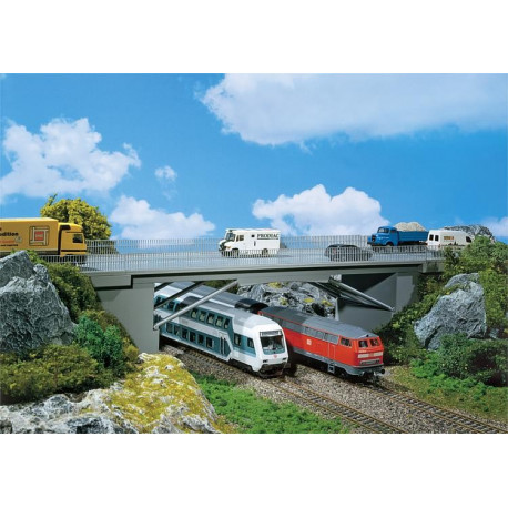 Pont de route / Road bridge H0