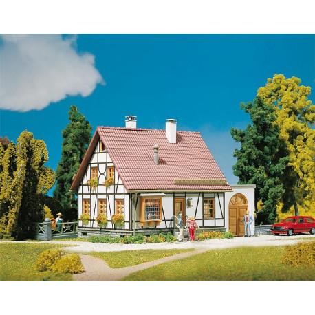 Maison à colombages avec garage H0