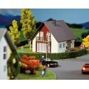 Maison individuelle, bordeaux / Detached house, wine-red H0