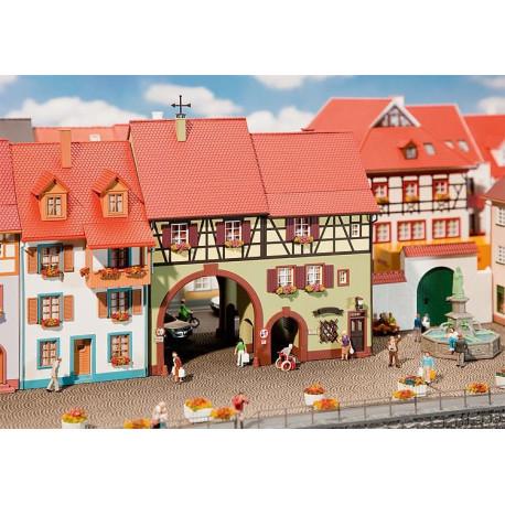 Maison de ville Niederes Tor City house H0
