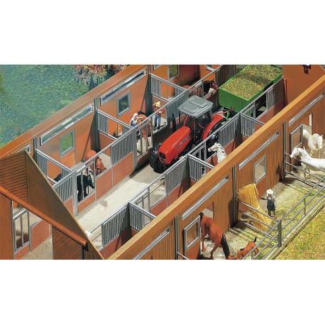 Aménagement intérieur d'étable / Stable interior equipment H0