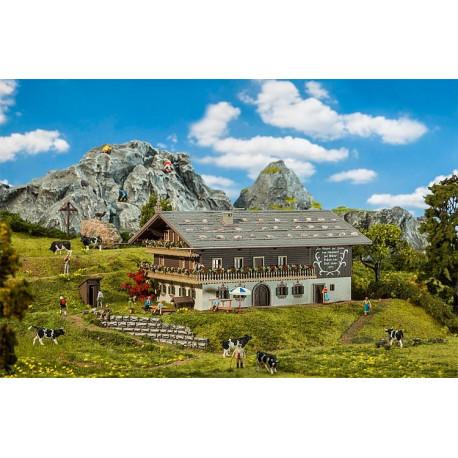 Grande ferme alpine / Large alpine farm H0