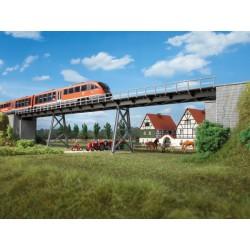 Pont sur piliers / Eyebar bridge 660 x 67 x 85 mm H0