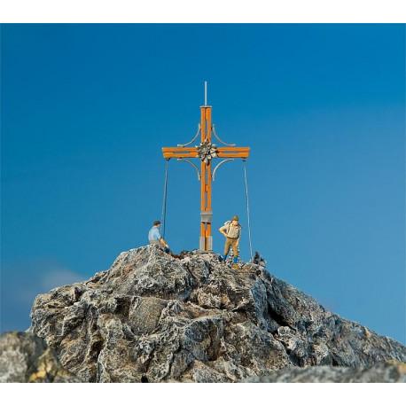 Croix de sommet avec pic de montagne / Summit cross with mountain peak H0