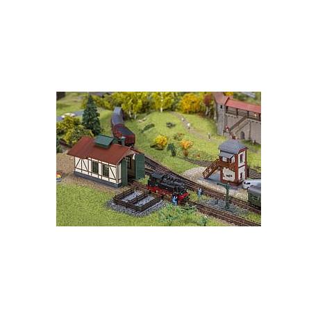 Set hangar à locos + poste cantonnement / Branch line engine shed with block post Set N