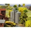 2 silos à céréales / 2 Grain silos N