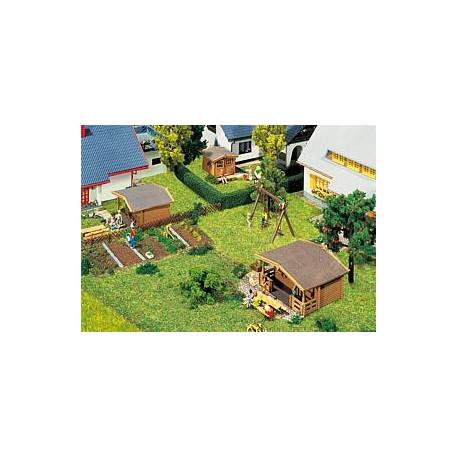 3 pavillons de jardin / 3 Summer houses N