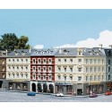 Rangee d'immeubles urbains / Row of town houses N