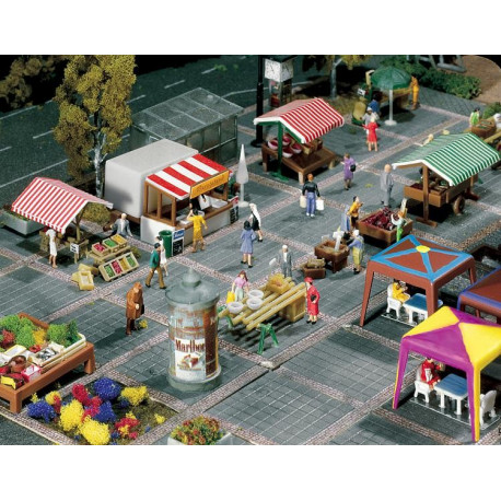 Etals divers de marché / Market stands and carts N