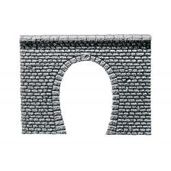 Entrée de tunnel pros pierre naturelle taillée N
