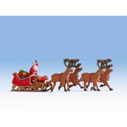 Père Noël avec luge / Santa Claus With Sleigh H0