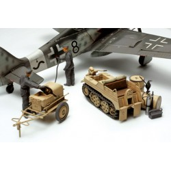 German Aircraft Power Supply Unit & Kettenkraftrad 1/48
