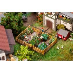 Jardin d'agrément avec fleurs et buissons / Pleasure garden with flowers and bushes H0