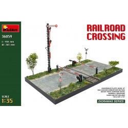 Railroad Crossing 1/35