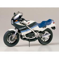 Suzuki RG250 Gamma 1/12