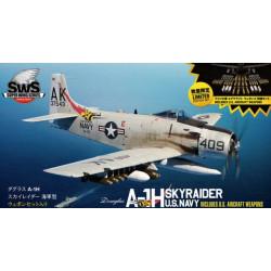 A-1H Skyraider U.S. Navy Incl U.S. Aircraft Weapons 1/32