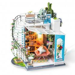 Dora's Loft 1/24
