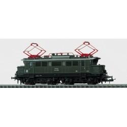 Locomotive électrique polyvalente série E44