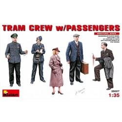 Tram Crew w/ Passengers 1/35