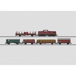 Coffret de train avec une locomotive diesel série Köf II