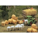 32 bottes de paille / Silo- and straw bales N